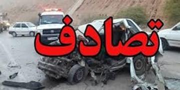 مصدومیت 3 نفر در تصادف پراید و تریلی