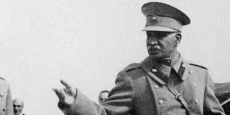 یک تاریخشناس: رضاخان پدر ایران نوین نبود و اسناد علمی آن را تأیید نمیکند