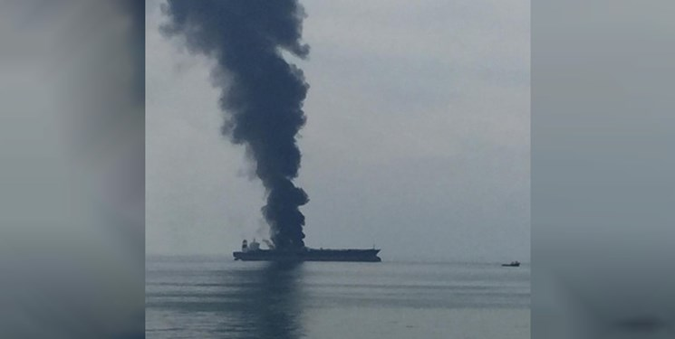 جزئیات حریق در یک نفتکش در سواحل شارجه، امارات