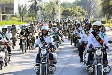 بندرعباس  گزارش تصویری فارس از رژه موتورسواران بهمناسبت 12 بهمن