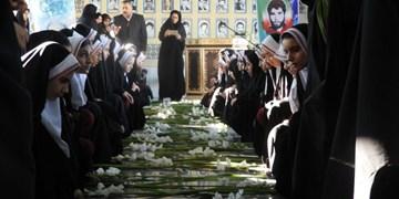 مزار شهدای ساوه گلباران شد