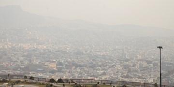 جولان ازن در هوای پایتخت/هوای تهران همچنان آلوده است