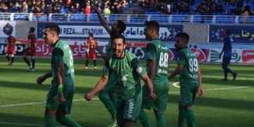 الگوبرداری از فوتبال اروپا در شروع لیگ ایران اشتباه است/چه تضمینی برای تماشاگران و بازیکنان وجود دارد