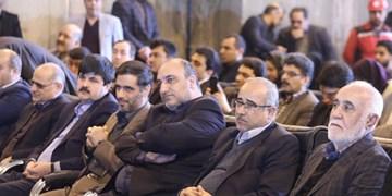 تاکید شهردار مشهد و فرمانده قرارگاه خاتم الانبیاء بر اتصال خط ۳ قطار شهری به حرم مطهر