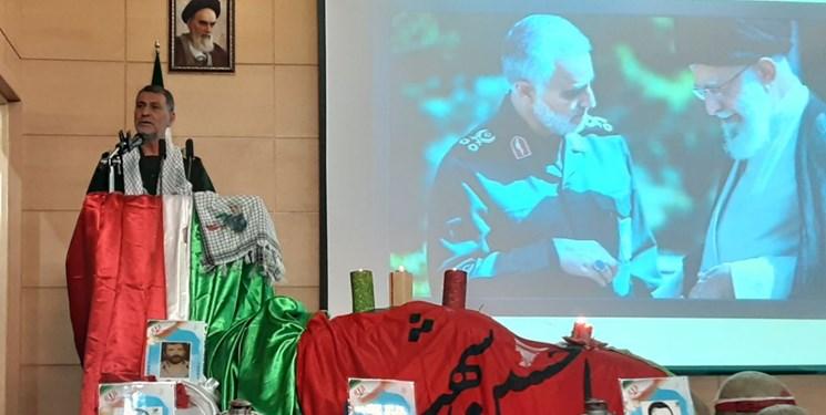 شهادت حاج قاسم نهضت آزادیخواهی به پا کرد/خون شهید سلیمانی میلیونهای نفر را به جبهه مقاوت پیوند داد