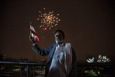 نور افشانی برج میلاد تهران