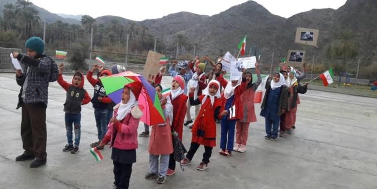 خیزش انقلابی کودکان در «روستای زهمکان» جنوب کرمان+تصاویر