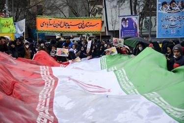 راهپیمایی یومالله ۲۲ بهمن مردم بجنورد