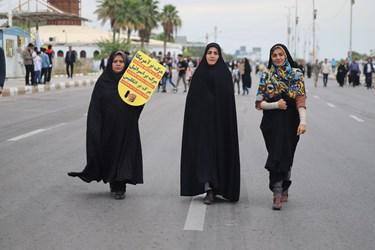 حماسه ماندگار راهپیمایی 22بهمن زنان بندرعباس