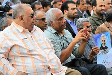 عکس| شکوه پیروزی انقلاب در کرانههای خلیج فارس 3
