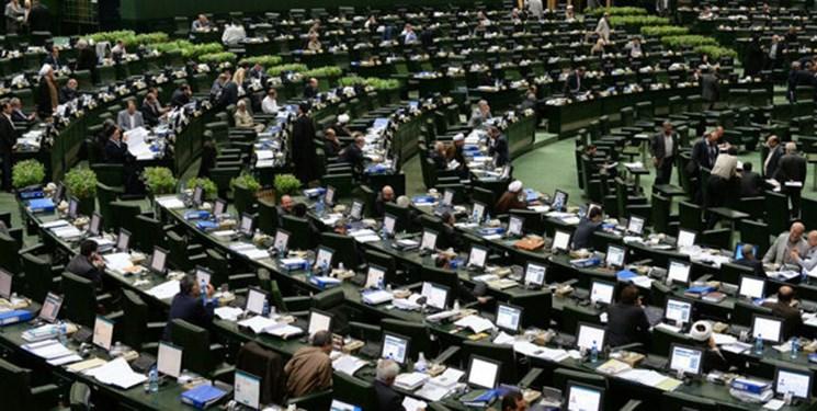 نمایندگان فعلی جایگاه مجلس را خدشهدار کردند/ حل مشکلات نیازمند نمایندگان جهادی و انقلابی است