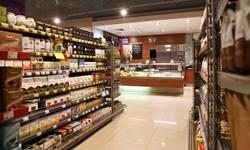 سهم 50 درصدی مواد غذایی در سبد هزینه خانوادههای قزاق