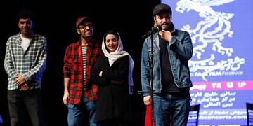 پایان جشنواره فیلم فجر در کیش با اکران «شنای پروانه» و حضور بازیگران + حواشی