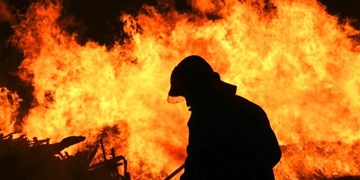 آتشسوزی یک کارگاه تولیدی در فردیس