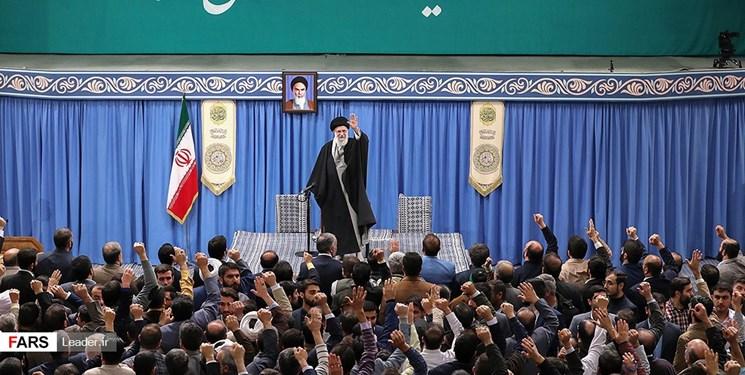 هزاران نفر از مداحان اهلبیت با رهبر انقلاب دیدار کردند