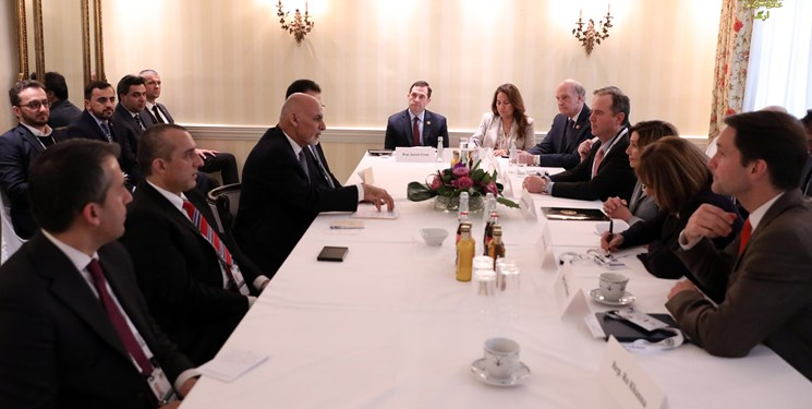 اشرف غنی: توانایی تامین امنیت افغانستان بدون حضور آمریکا را داریم