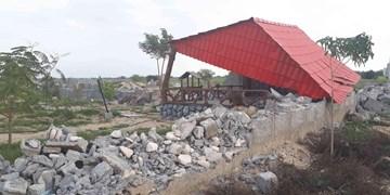 عکس| قلعوقمع بخشی از باغویلاهای تنگستان