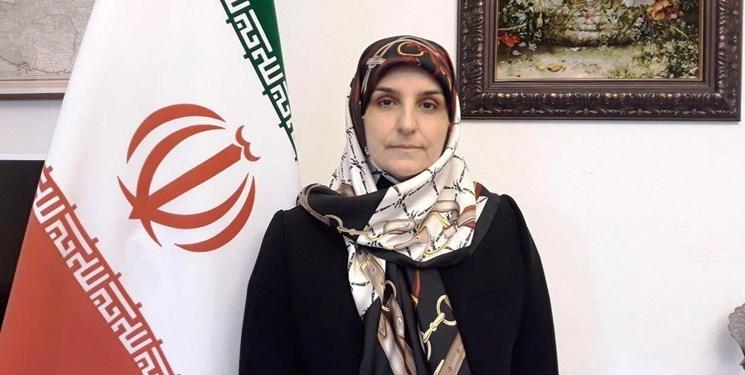 افسانه نادی پور سفیر جدید ایران استوارنامه خود را تقدیم ملکه دانمارک کرد