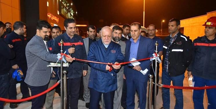 وزیر نفت وارد خوزستان شد/ افتتاح چند پروژه عمرانی در استان