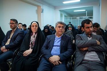 محمدعلی وکیلی و فریده اولاد قباد در نشست خبری ستاد ائتلاف برای ایران