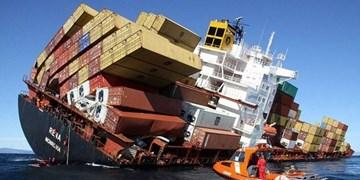 فیلم| بیرون کشیدن «کشتی کانتینربر» از عمق خلیج فارس