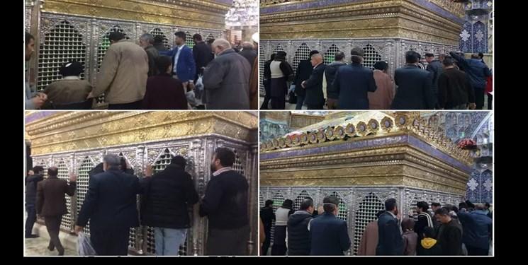 زائران بدون هیچ مانعی مضجع شریف حضرت معصومه(س) را زیارت میکنند