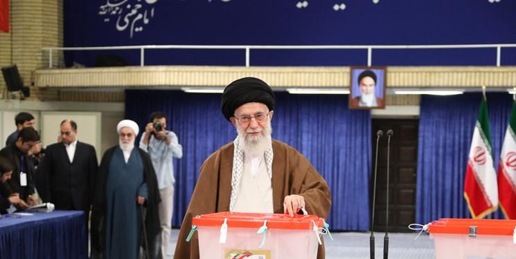 رهبر معظم انقلاب: روز انتخابات روز احقاق حق مدنی ملت است
