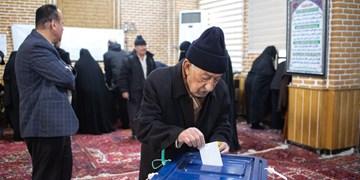 حضور پرشور مردم شهر یامچی پای صندوقهای رای