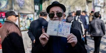 فیلم| حضور اراکی ها در پای صندوق های رای