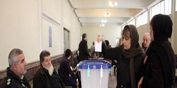 حضور اقلیت های دینی پای صندوق های رای در شیراز