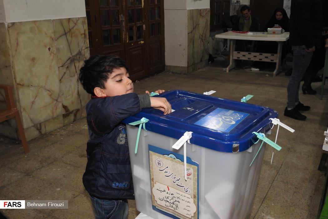 انتخابات شهرستان لاهیجان - عکس بهنام فیروزی
