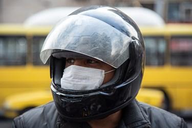 ماسک و مردم