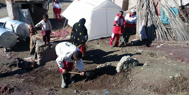 نیاز فوری زلزلهزدگان آذربایجان غربی به نیروهای امدادی/ قطع شبکه تلفن همراه در منطقه