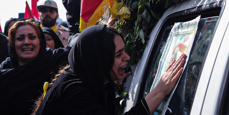 مراسم تشییع پیکرسرباز شهید «احمد توکلی»