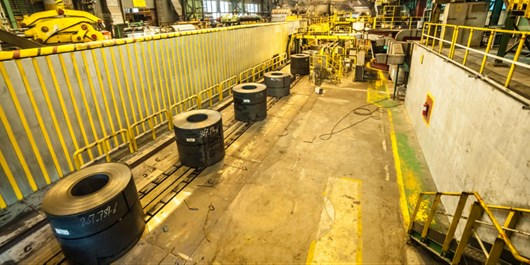 فولاد مبارکه ناجی صنعت ایران در دوران تحریم/ مجلس از طرحهای توسعه فولاد حمایت میکند