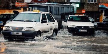 آماده باش ۲۵۰۰ نیرو برای جلوگیری از آبگرفتگی/ توزیع ۱۲۲ پمپ آبکش بین مناطق