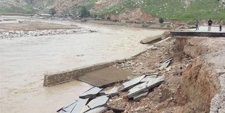 برق 37 روستای لرستان بر اثر سیل قطع شده است