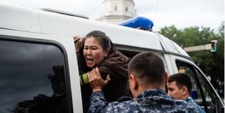 تظاهرات در قزاقستان؛ قوانین سهلتر مجازات سختتر
