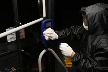 نبرد نیروهای بهداشتی  با ویروس کرونا در شهرکرد