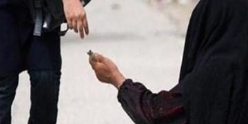 فارس من فعالیت متکدیان در دزفول گروهی و سازماندهی شده است/ مردم گزارش دهند