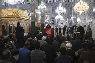 نصب تاج جدید ضریح حضرت زینب(س)