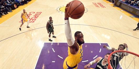 لیگ بسکتبال NBA| پیروزی یک مدعی و شکست مدعی دیگر در غیاب بزرگان+عکس