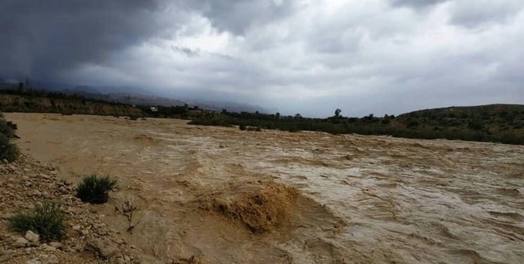تمامی «سدهای» هرمزگان سرریز شدهاند/ راه 40 روستای «بشاگرد» و 12 روستای «بندرعباس» مسدود است