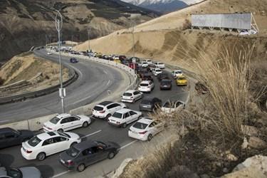 ترافیک کیلومتری در جاده لواسان