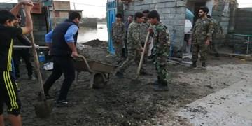 فیلم  کمکرسانی بسیجیان به سیلزدگان جنوب کرمان