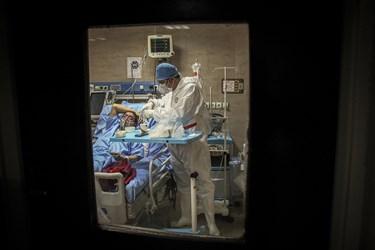 سرو صبحانه بیماران حاد تنفسی در بیمارستان رازی اهواز