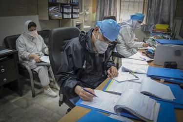 ثبت و بررسی علامات بالینی بیماران حاد تنفسی توسط پرستاران بیمارستان رازی اهواز