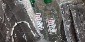 توزیع 100 بسته بهداشتی بین مناطق محروم اراک توسط بسیجیان