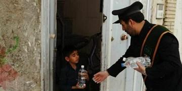 خادمان حرمی که سلامتی را به خانههای مردم میبرند+ تصویر