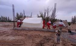 اسکان سیلزدگان روستای حسینآباد ریگان در مدرسه